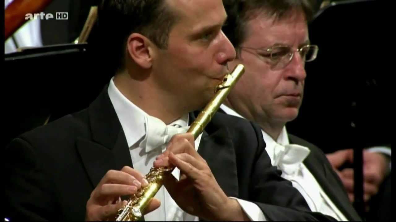 Wiener Philharmoniker - Maurice Ravel - Bolero - Gustavo Dudamel - HD - .
