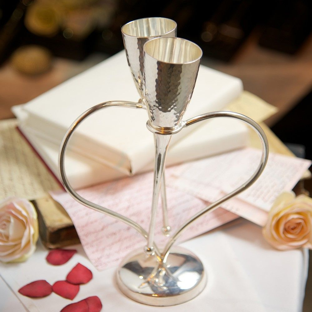 Entwined Heart Lovers' Flutes. Romantic Valentine's Tablescape Idea   Culinary Concepts