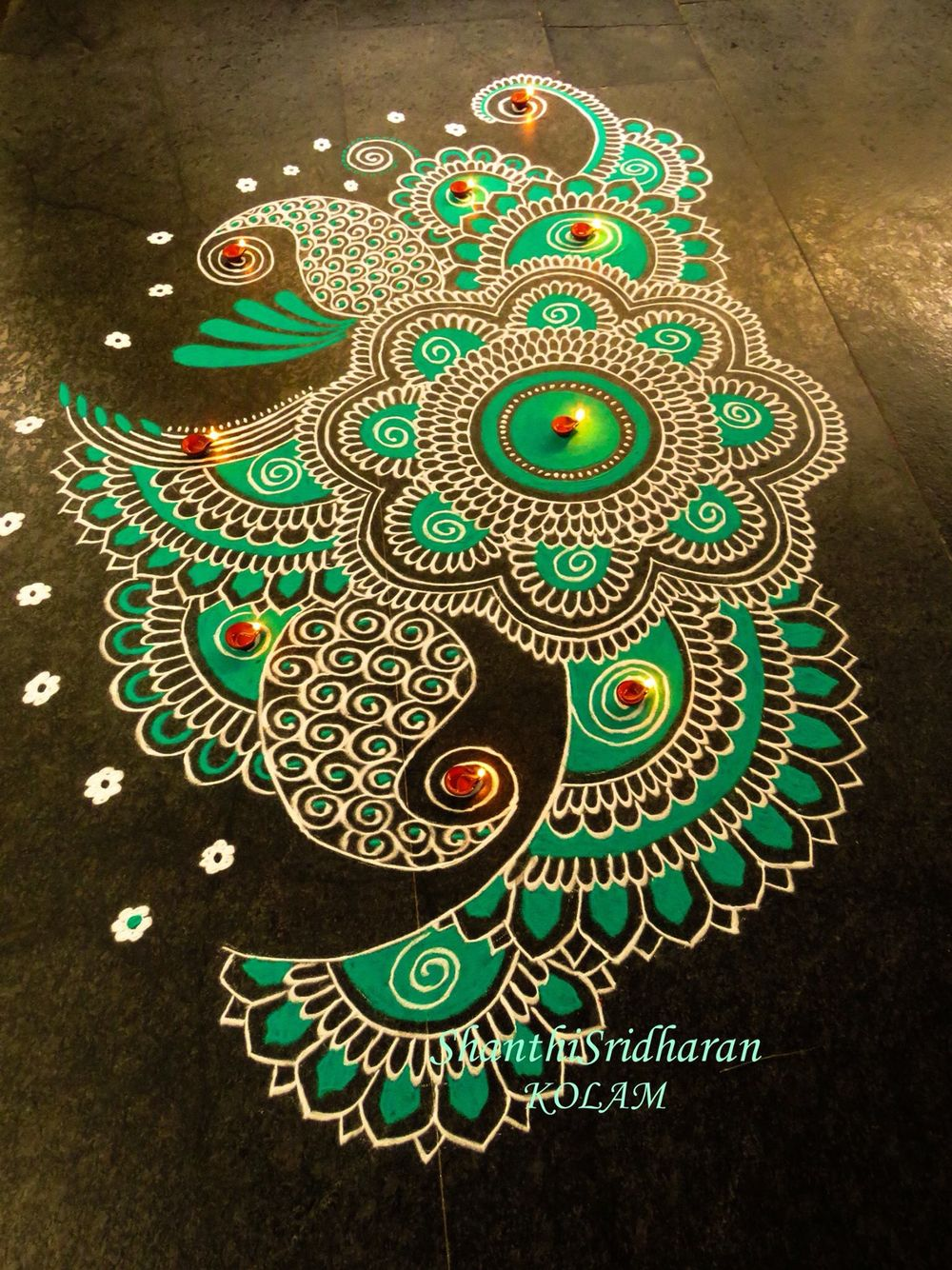 How To Make An Interesting Art Piece Using Tree Branches Ehow Rangoli Designs Flower Rangoli Designs Rangoli Designs For Competition
