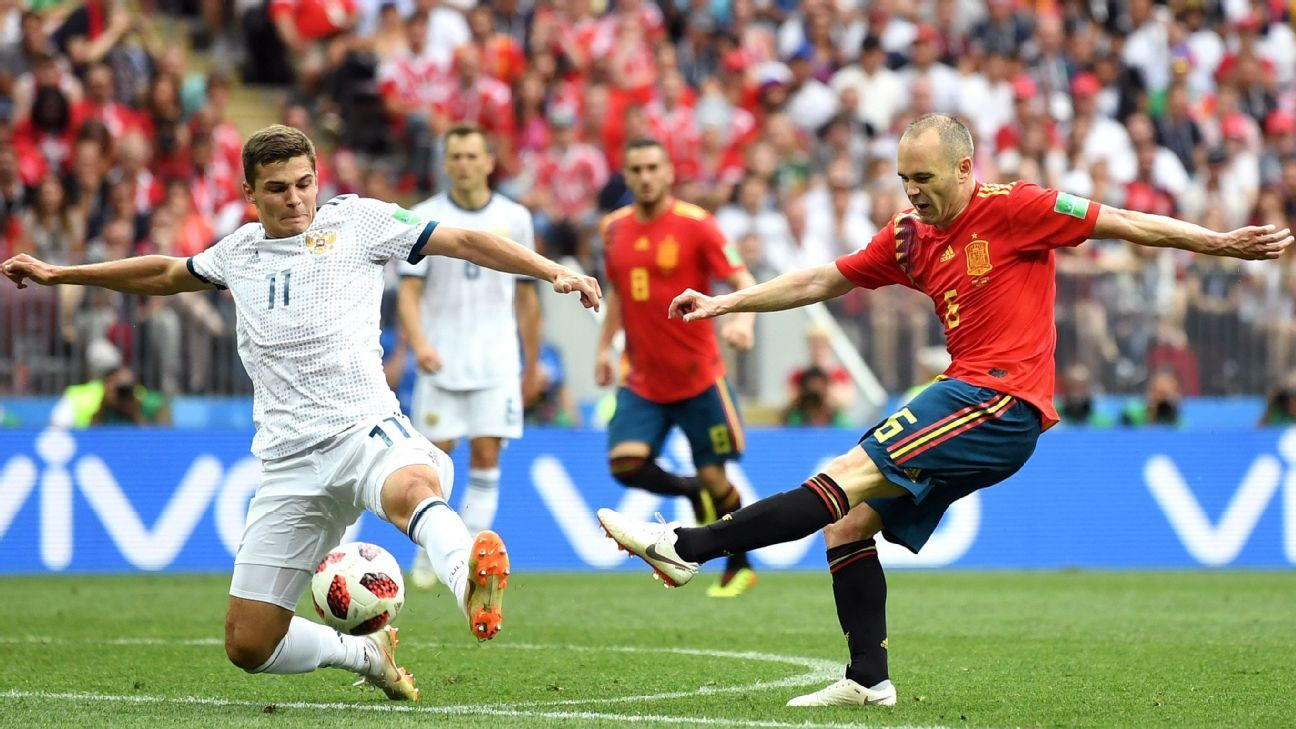 Andres Iniesta Confirms Retirement From Spain Squad After World Cup Exit Fifaworldcupthisyear Tk Https Www Fif Fifa World Cup World Cup World Cup Russia 2018
