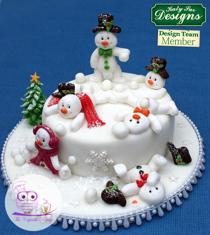 Snowman Snowball Fun Cake By Sarah Christmas Cake Decorations Christmas Cake Designs Christmas Cake