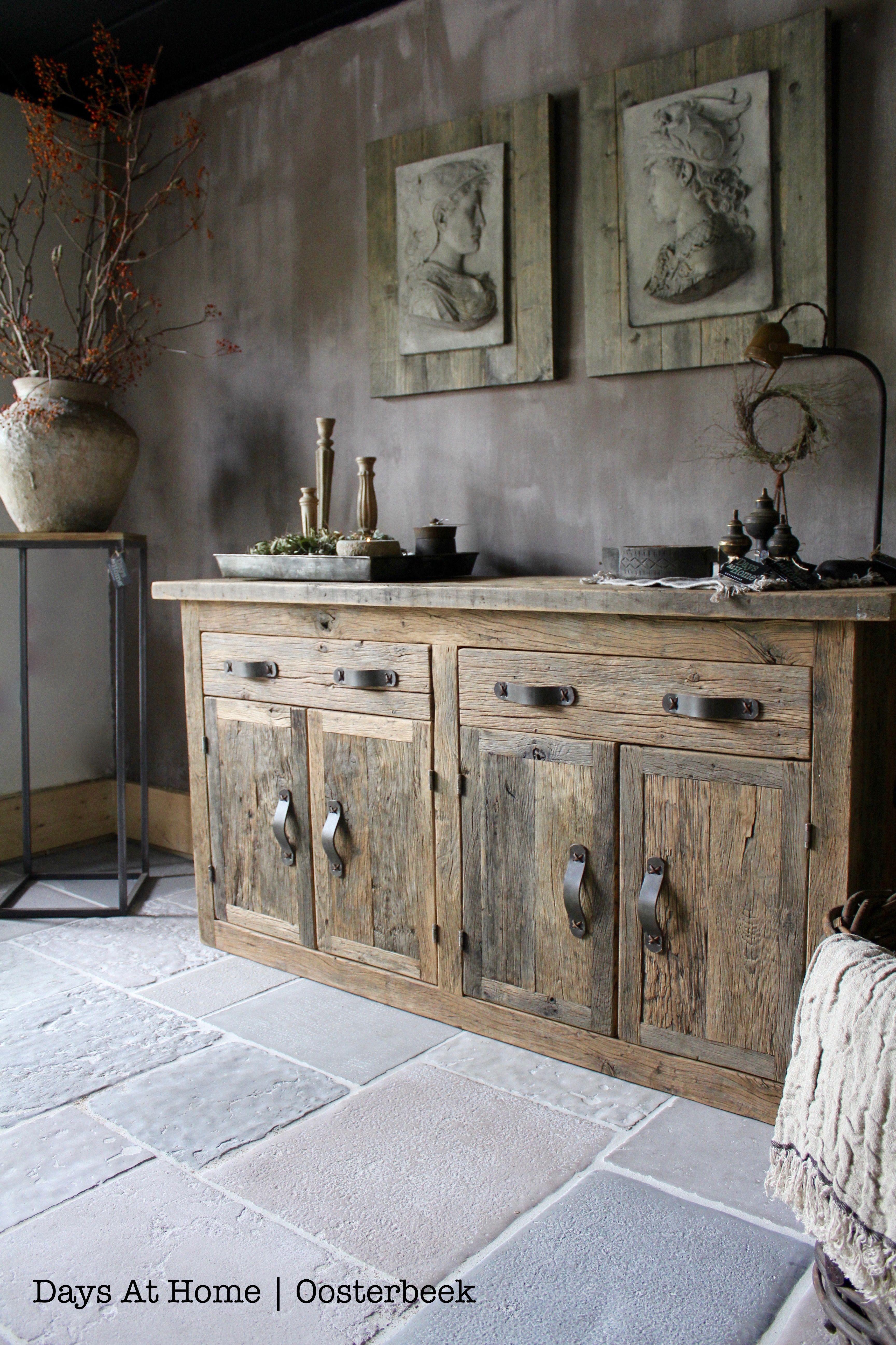 Wood B Kast Arnoud Schneider Raw Stones Vloer Raw Stones Karakteristieke Vloeren Unieke Vloer Kasteelvloer Home Decor Keuken Rustiek Huis Huis Interieur