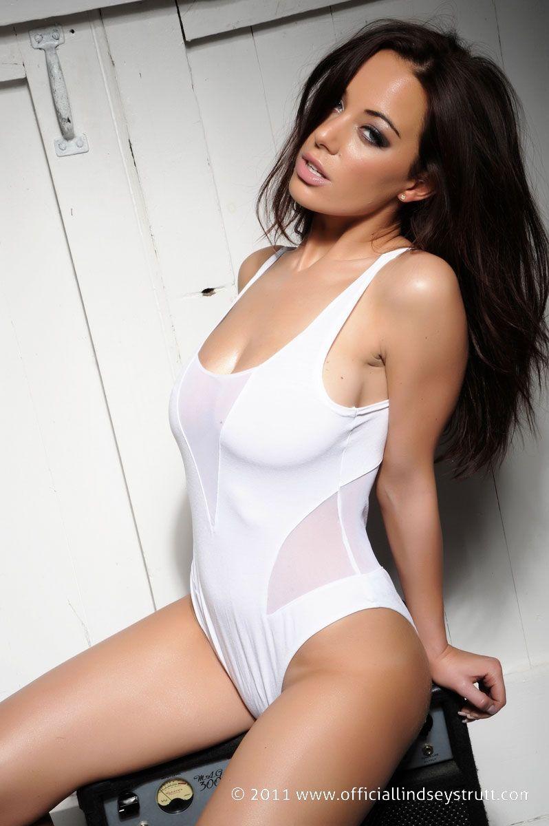 Lindsey Strutt | Lindsey Strutt | Pinterest | White bodies, Body ...