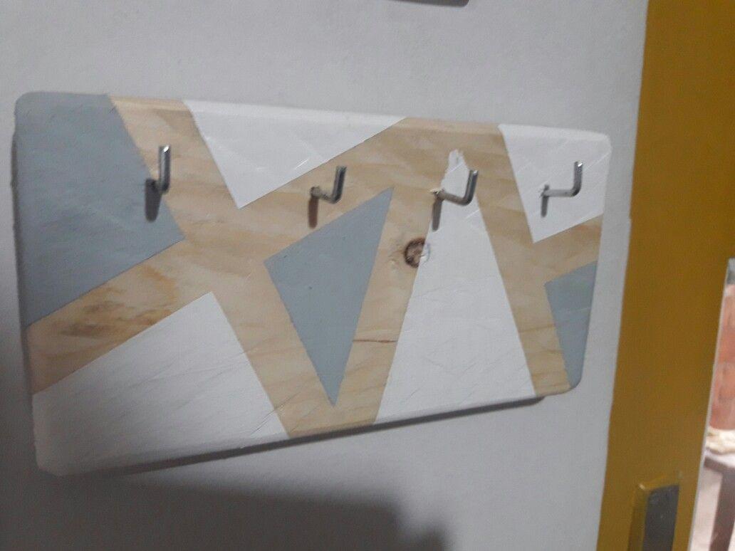 DIY key hanger out of pallet wood | Key hanger, Wood ...