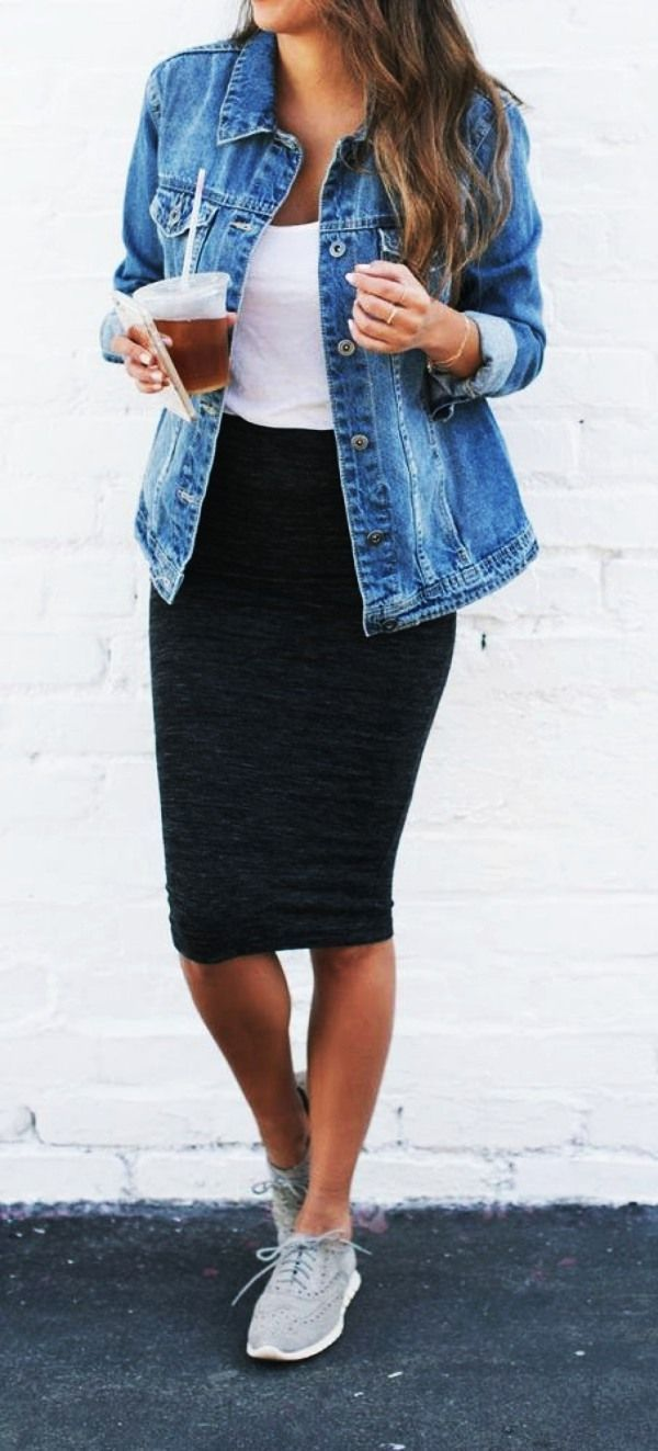 Black Pencil Skirt + Tennis Shoes #Büro Fitness 60 Casual Fall Work Outfits Ide... - Fall outfits fo...