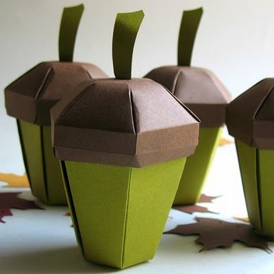 76b48d0686370 Paper acorns. (Also some other great party favors with autumn/fall ...