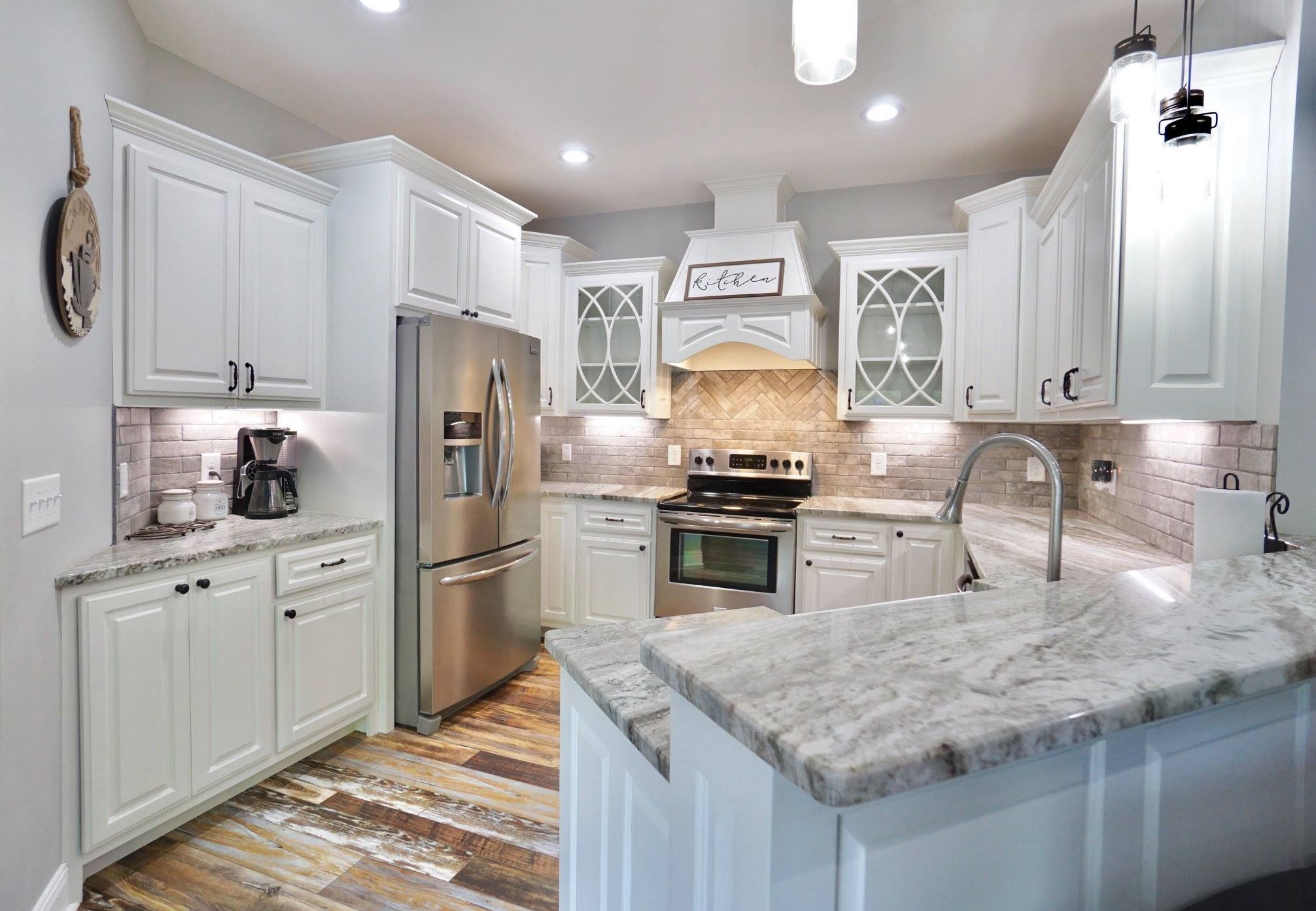 Facebook Kitchen, House styles, Home