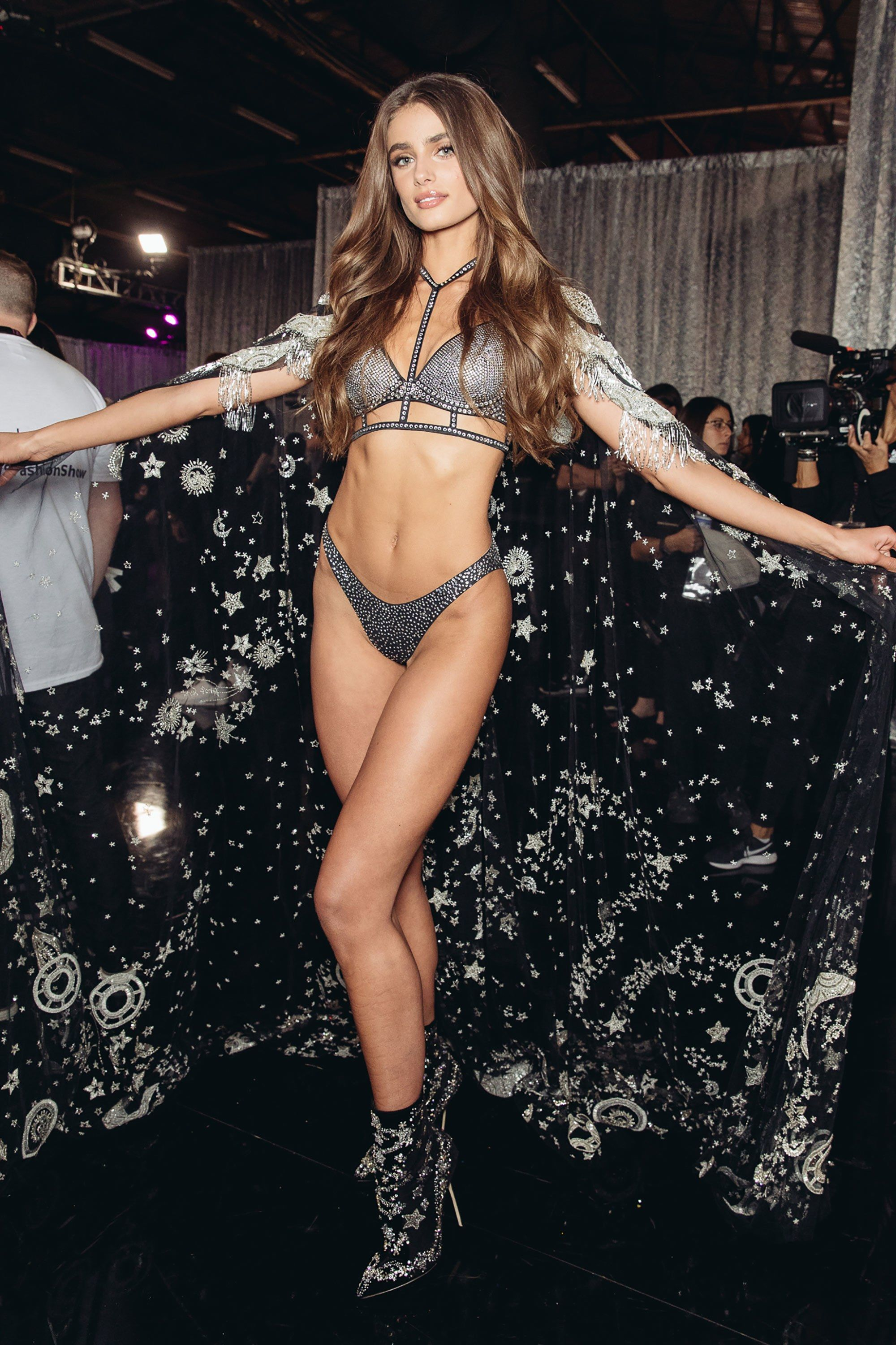 e0c3880791aa Go Backstage at the Victoria's Secret Fashion Show in New York City ...