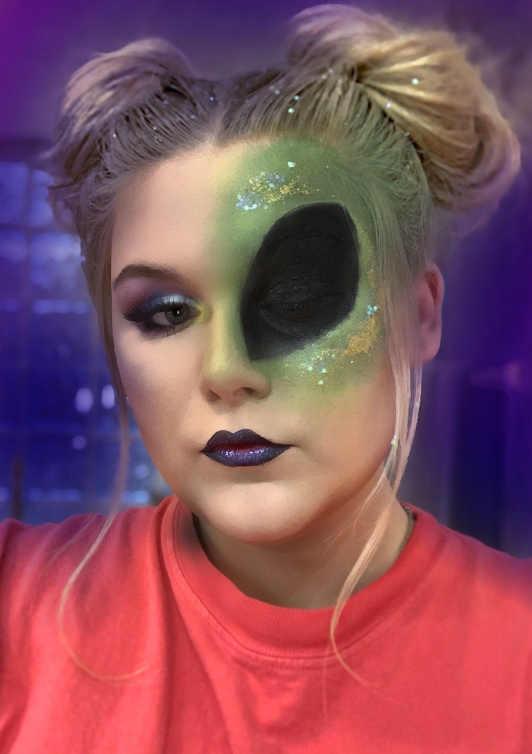 Alien Makeup for Halloween Alien makeup, Halloween