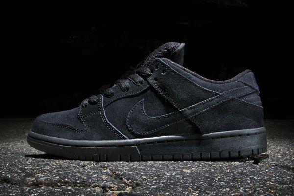 nike sb shoes all black