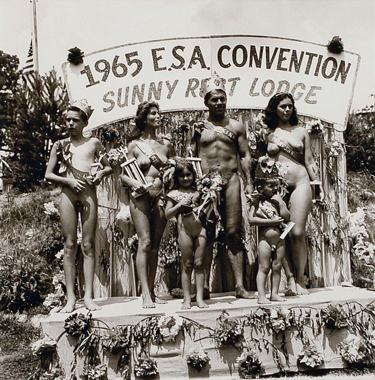 Family nudist camp