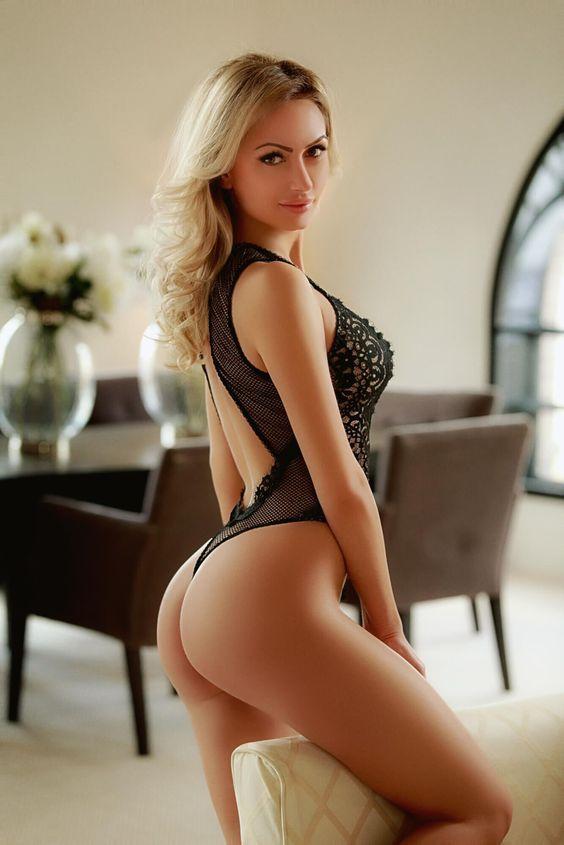 Sexy naked women on women-8069