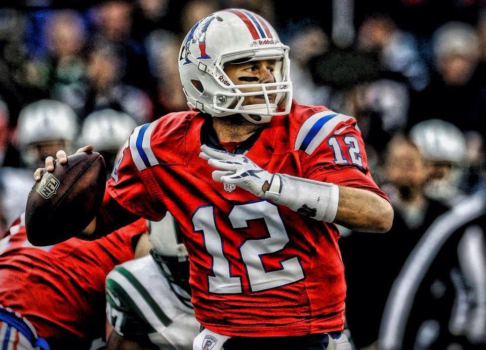 online retailer 4c211 731d1 Tom Brady wearing that illustrious throwback jersey ...