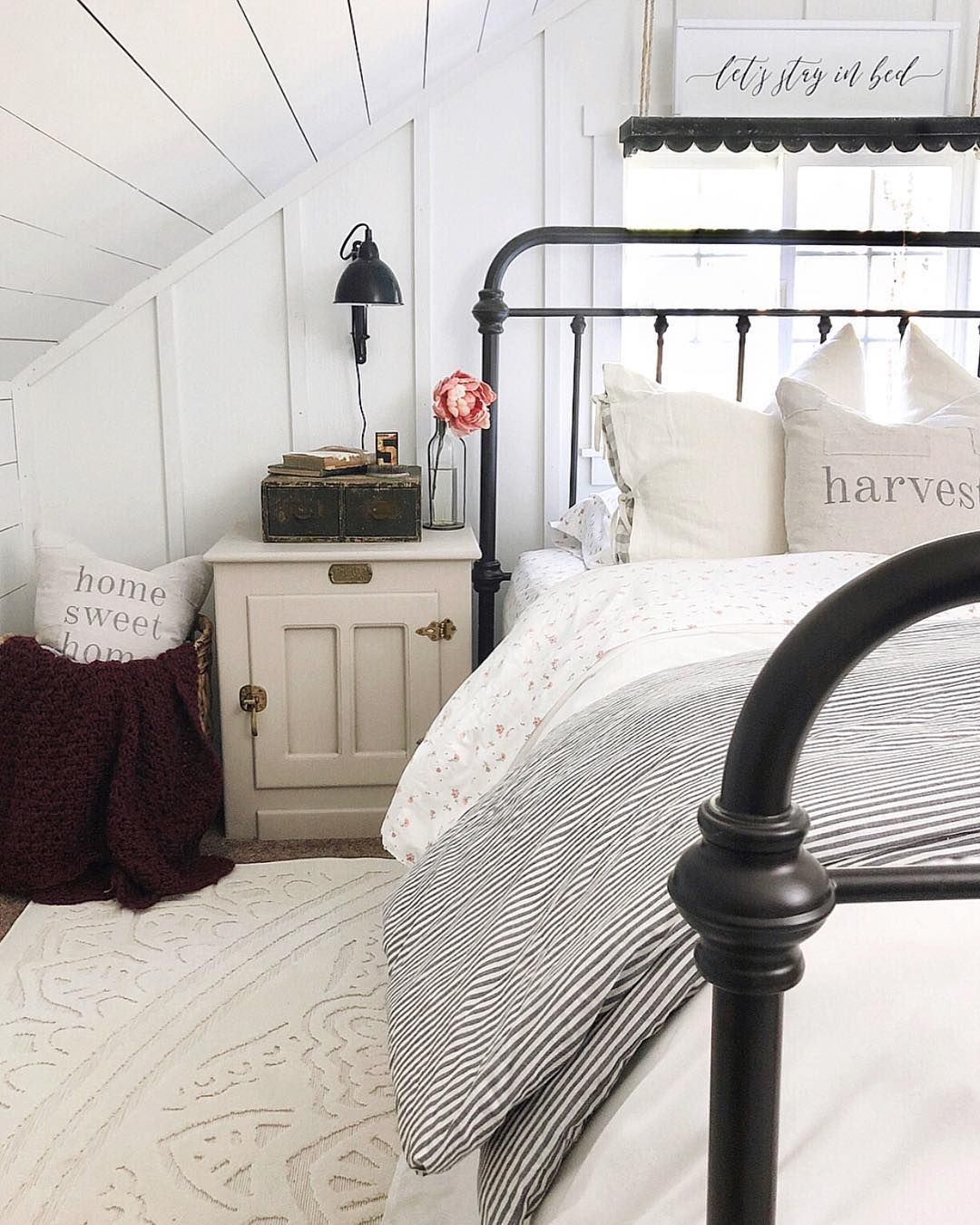 Pin by 𝙲𝚊𝚜𝚎𝚢 𝙷𝚞𝚏𝚏𝚖𝚊𝚗 on house & home // Stay in bed, Bed