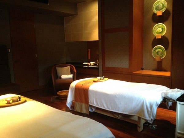 Couple 39 s massage kafuu resort the green spa located on for Design hotel okinawa