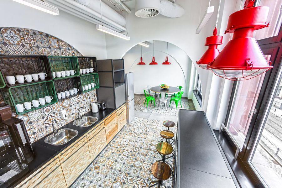 To Niesamowite Biuro Miesci Sie We Wroclawiu Interior Design Software Opera Software Best Home Interior Design