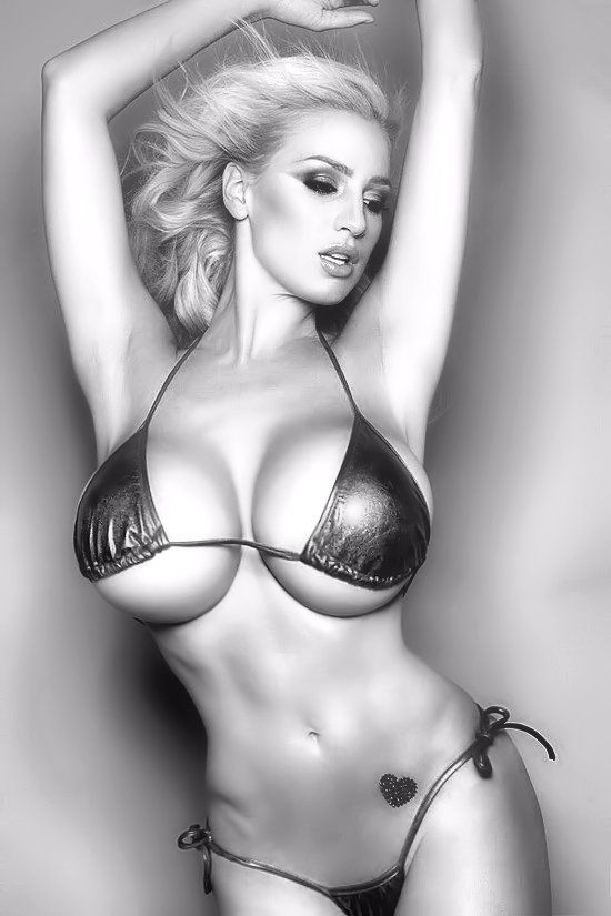 d86cf04a6f bikini trop petit ? | Her suit to swim in | Maillots de bain bikini ...