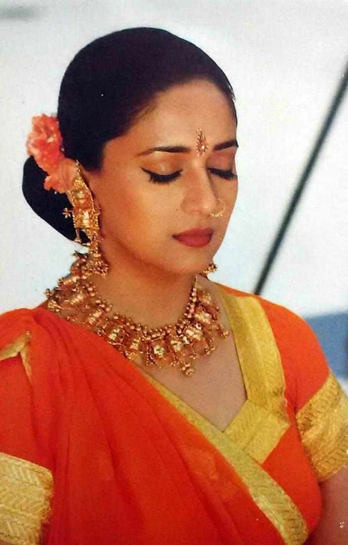 Madhuri Dixit Hot Sexy Photo Gallery   Madhuri dixit