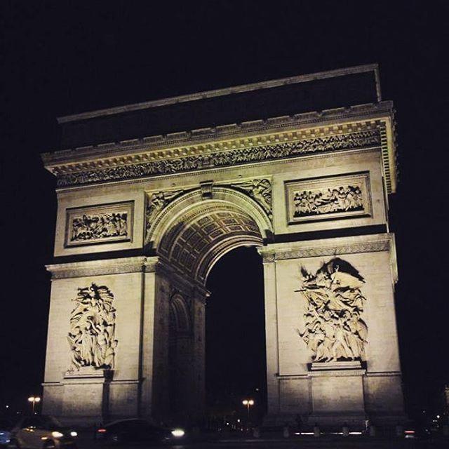 Una meraviglia. Un sogno. #arcdetriomphe #paris