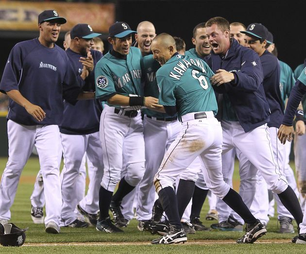 The Fist Walk-off of the year! John Jaso pops up a sac fly allowing Kawasaki to score! Mariners win 3-2 against the Tigers! 5/7/12