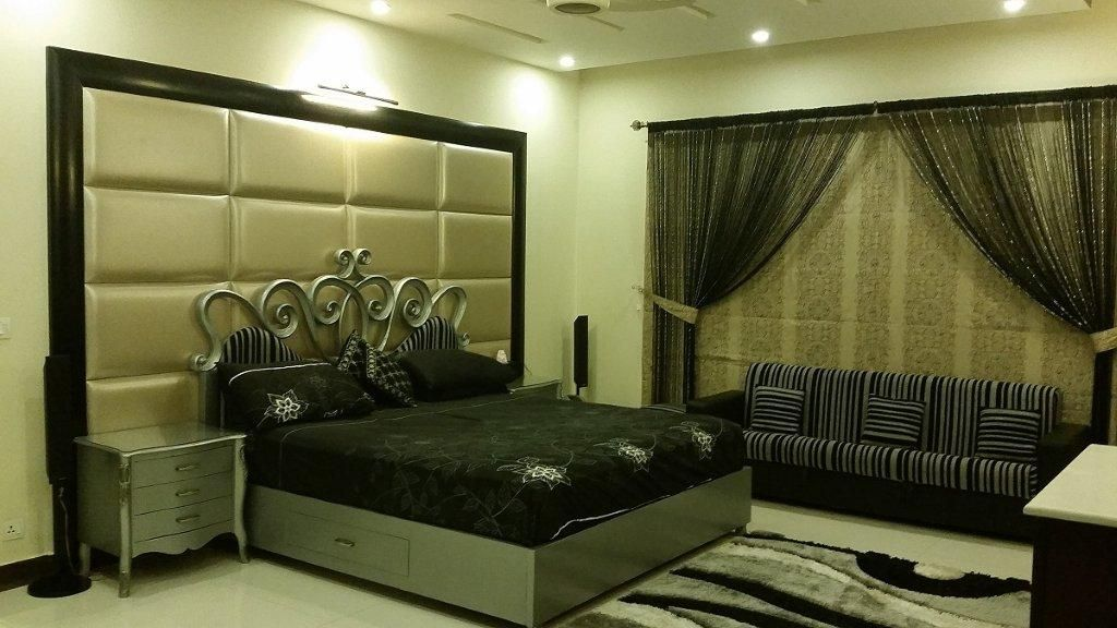 Luxury Bedroom Design And Construction By AmerAdnan Associates In Lahore Pakistan Build Your Home