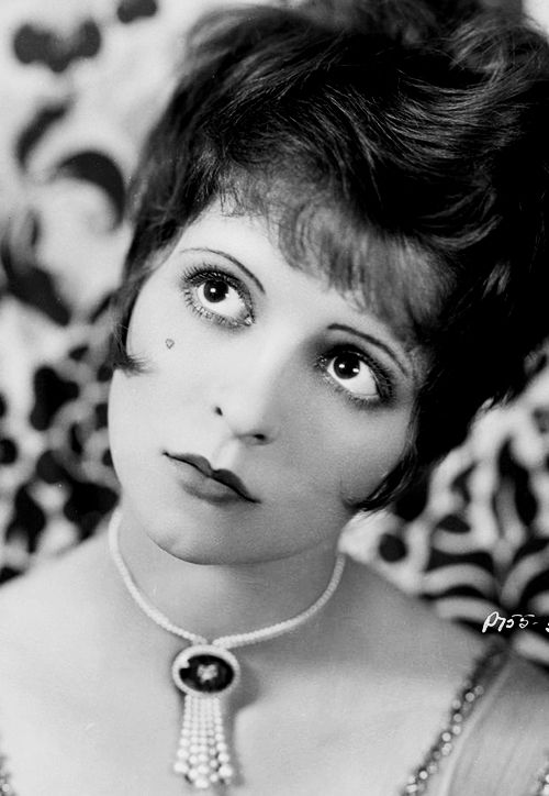 I really like the direction of gaze in this abnormal shot.  Clara Bow