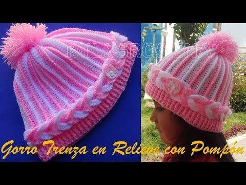 Gorro a crochet para niñas en punto trenza en relieve con pompón - YouTube 362ac041724