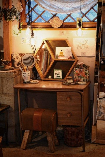 Vintage Vanity Dressing Table California Bungalow Flea Market Finds Flea Market Style