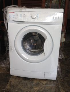 Cara Menggunakan Mesin Cuci Sharp Es F800h Cara Menggunakan Mesin Cuci Sharp Es Fl860s Cara Menggunakan Mesin Cuci Shar Washing Machine Laundry Laundry Machine