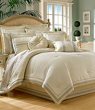 lauren discontinued bedroom southern clearance belk ralph home comfort gray new center croscill floral with recliners furniture horchow finale white comforters sets mta set furnishings comforter king dillards outlet bedding cream living catalog