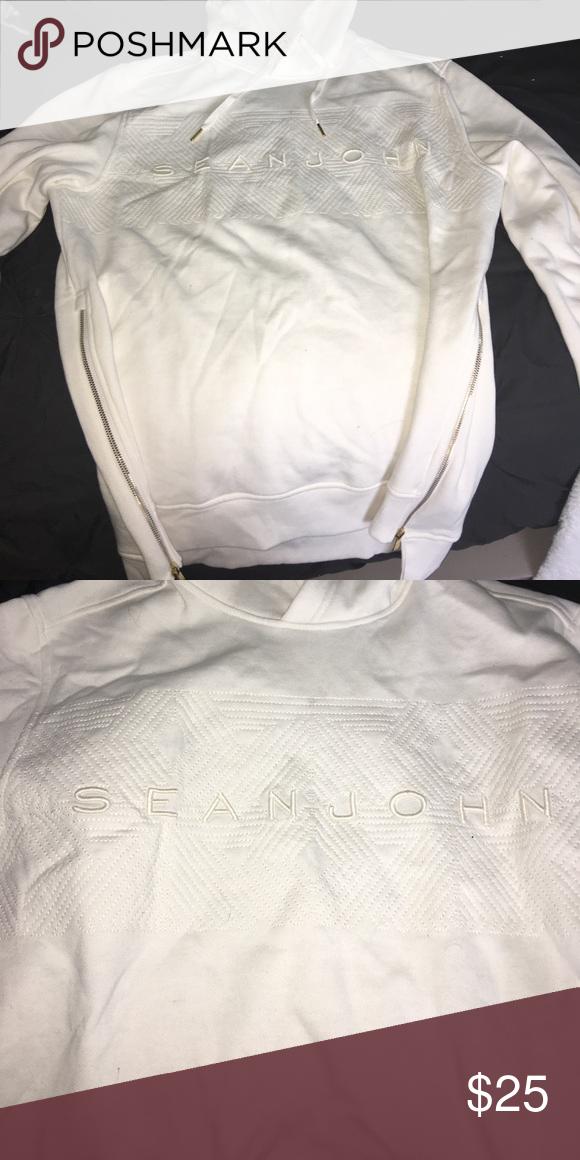 Sean John sweatshirt NWOT cream Sean John sweatshirt! Sean John Shirts Sweatshirts & Hoodies