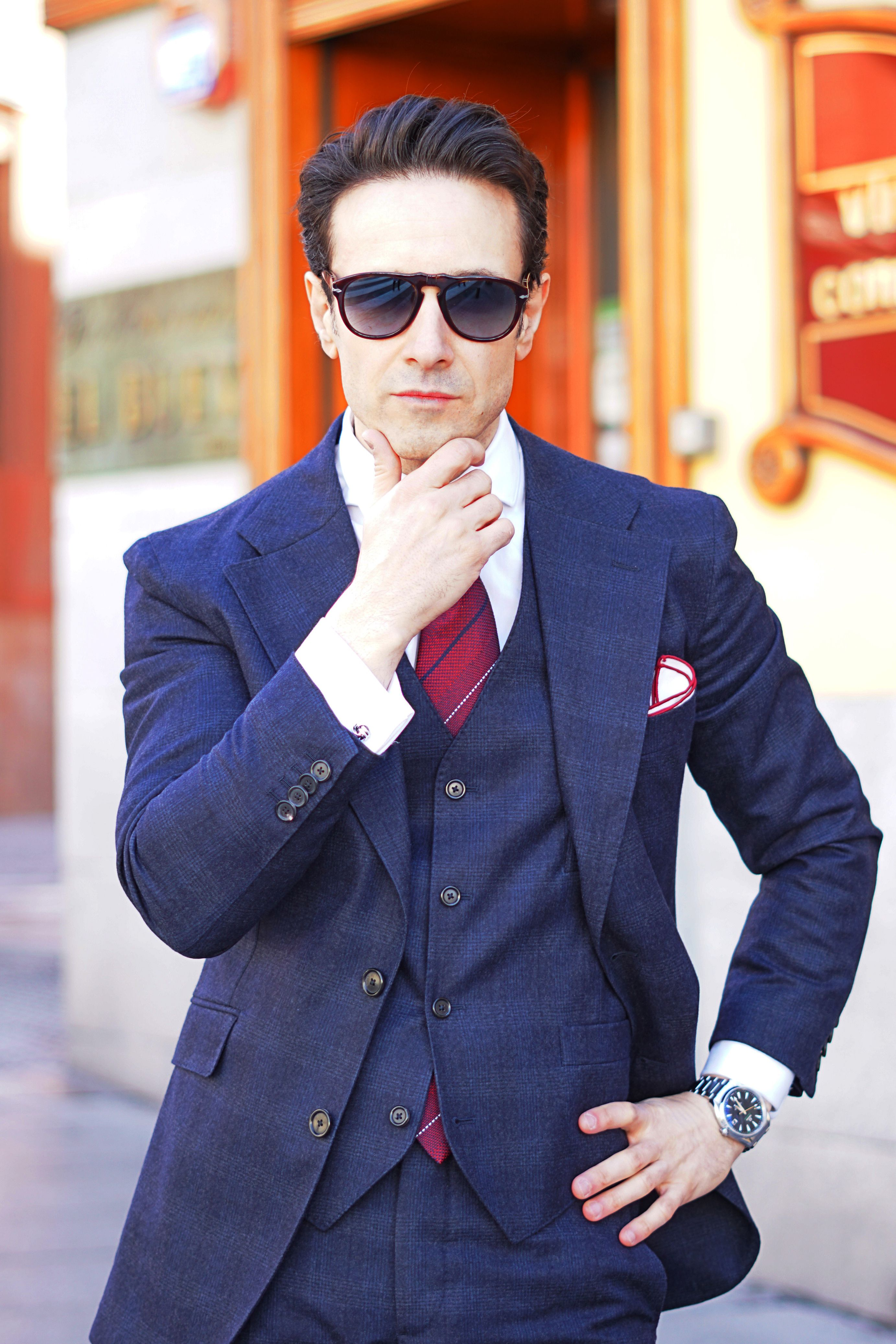 blue suit outfit ideas for men with blue three piece