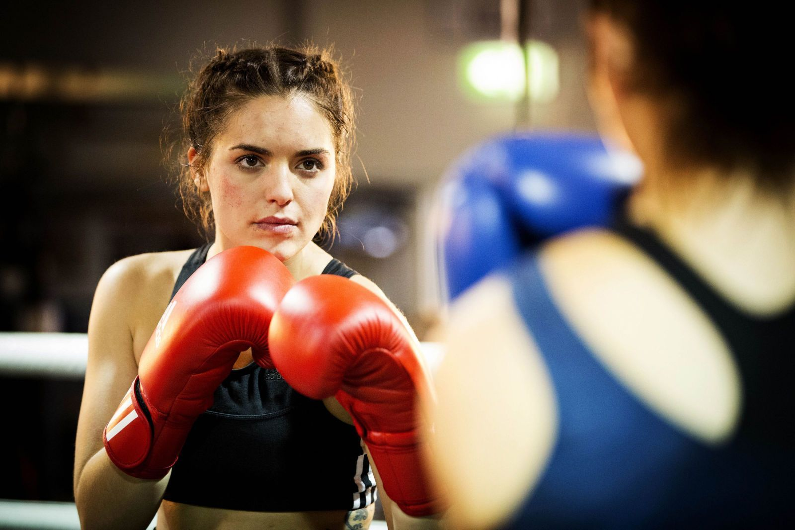 Olympia Valance boxing on Australian TV show Neighbours