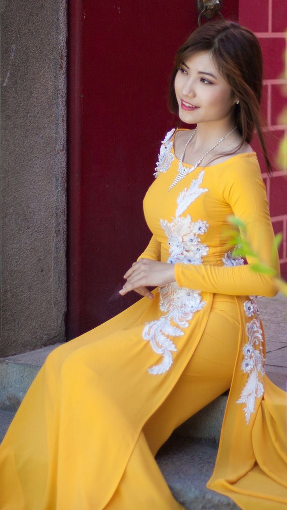 Áo Dài Việt Nam Sleeves designs for dresses, Women long