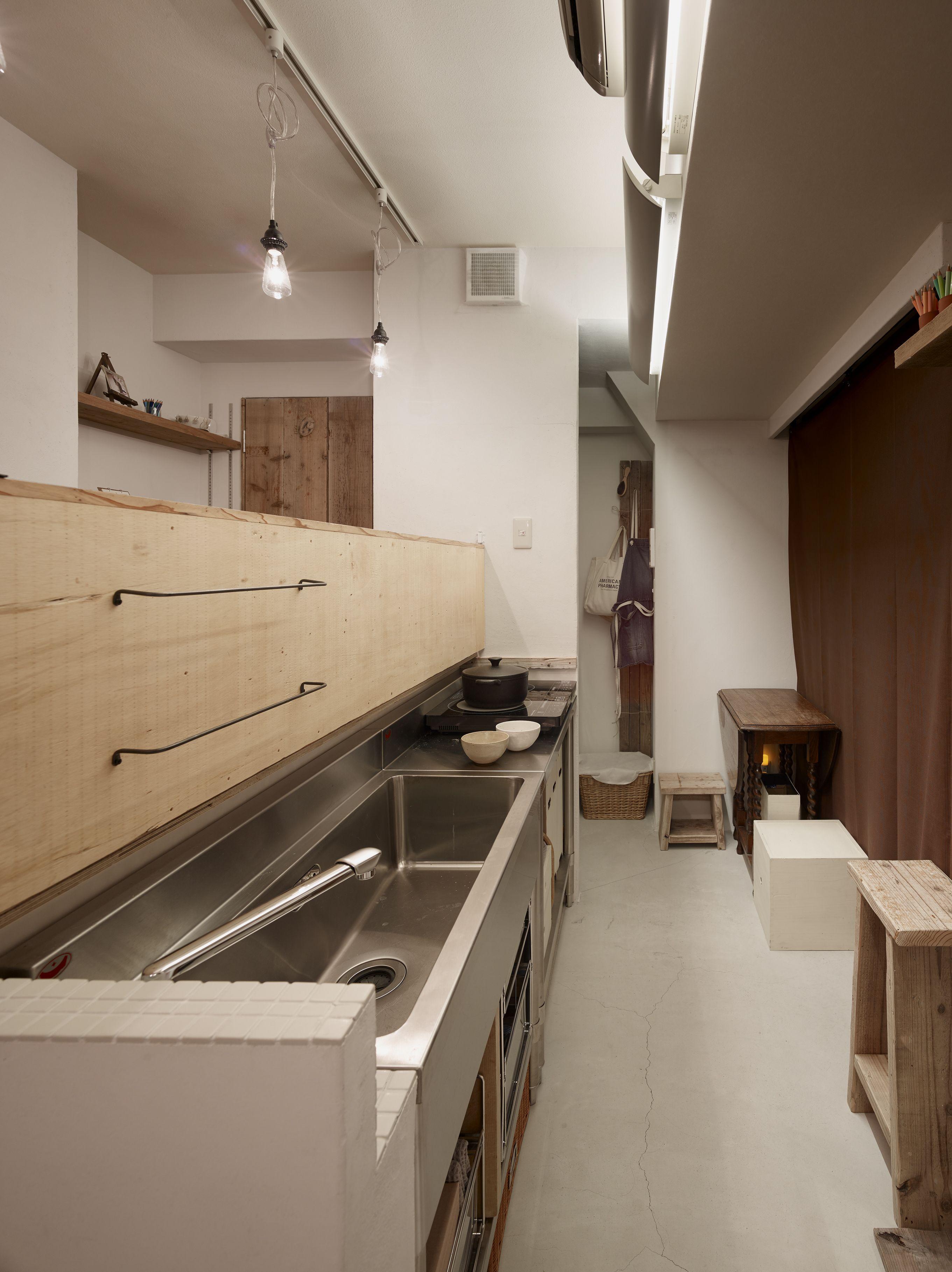 足場板再利用と収納アイデアでお気に入りのワンルームマンションに