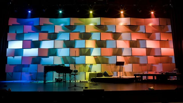 2010 Response - Stage Design by Andrew Hunt, via Flickr