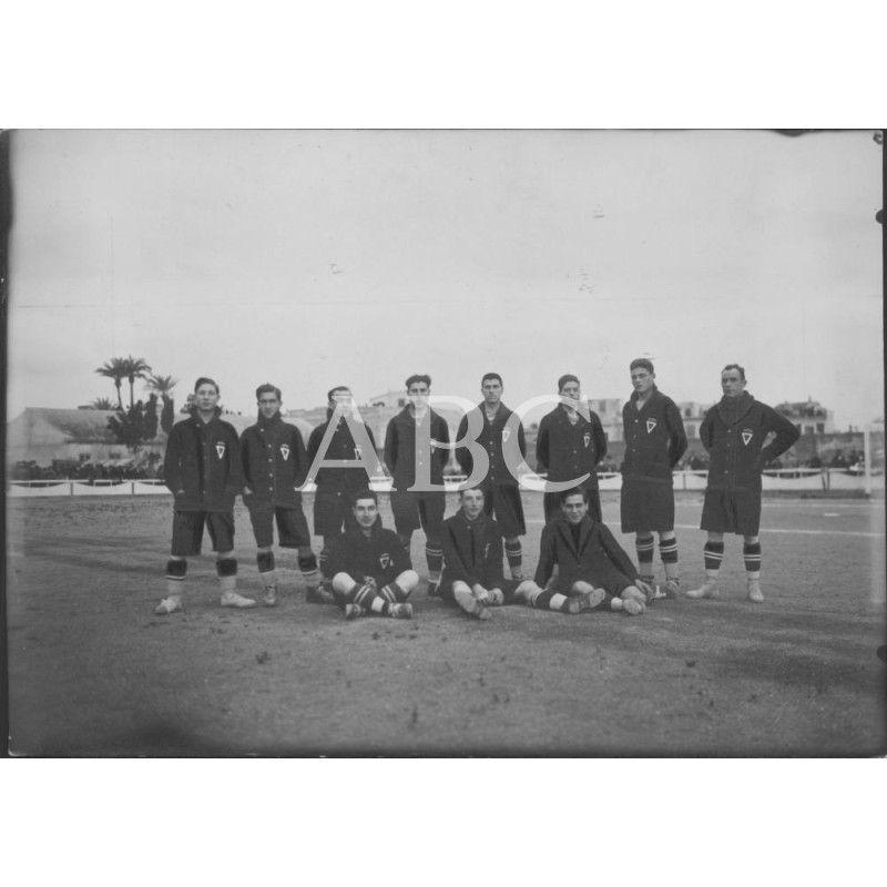 EQUIPO DEL REAL MURCIA FÚTBOL CLUB, CAMPEÓN DE PRIMERA CATEGORÍA DEL GRUPO A DE LA REGIÓN MURCIANA EN 1925: Descarga y compra fotografías históricas en | abcfoto.abc.es