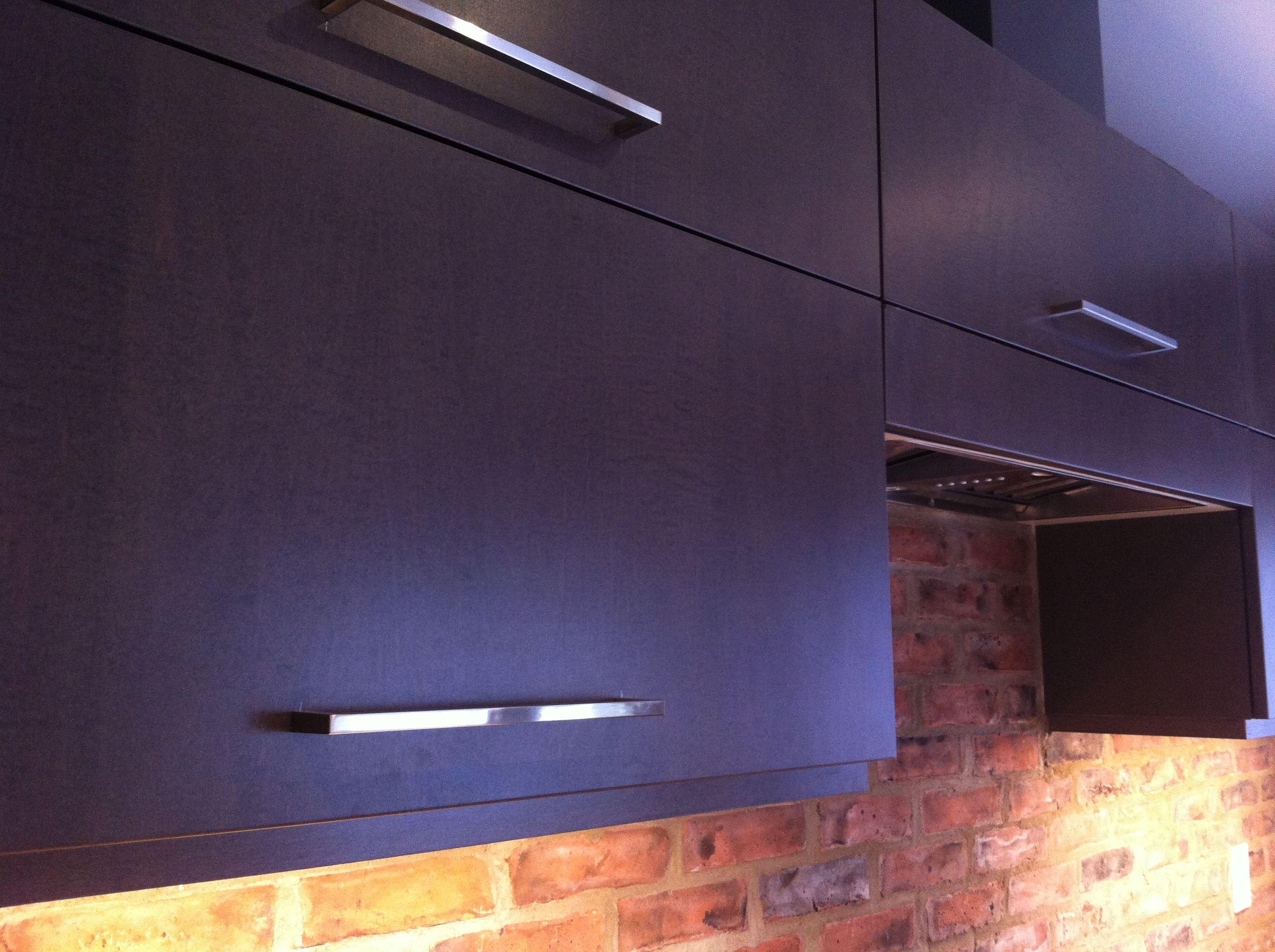 aya kitchens upper cabinets in maple slate gray samantha yaron rh pinterest com