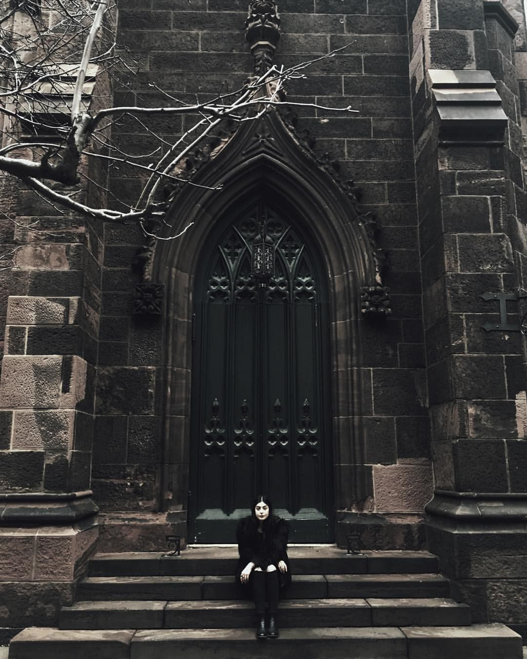 victorian gothic art belayar architecture - 736×920