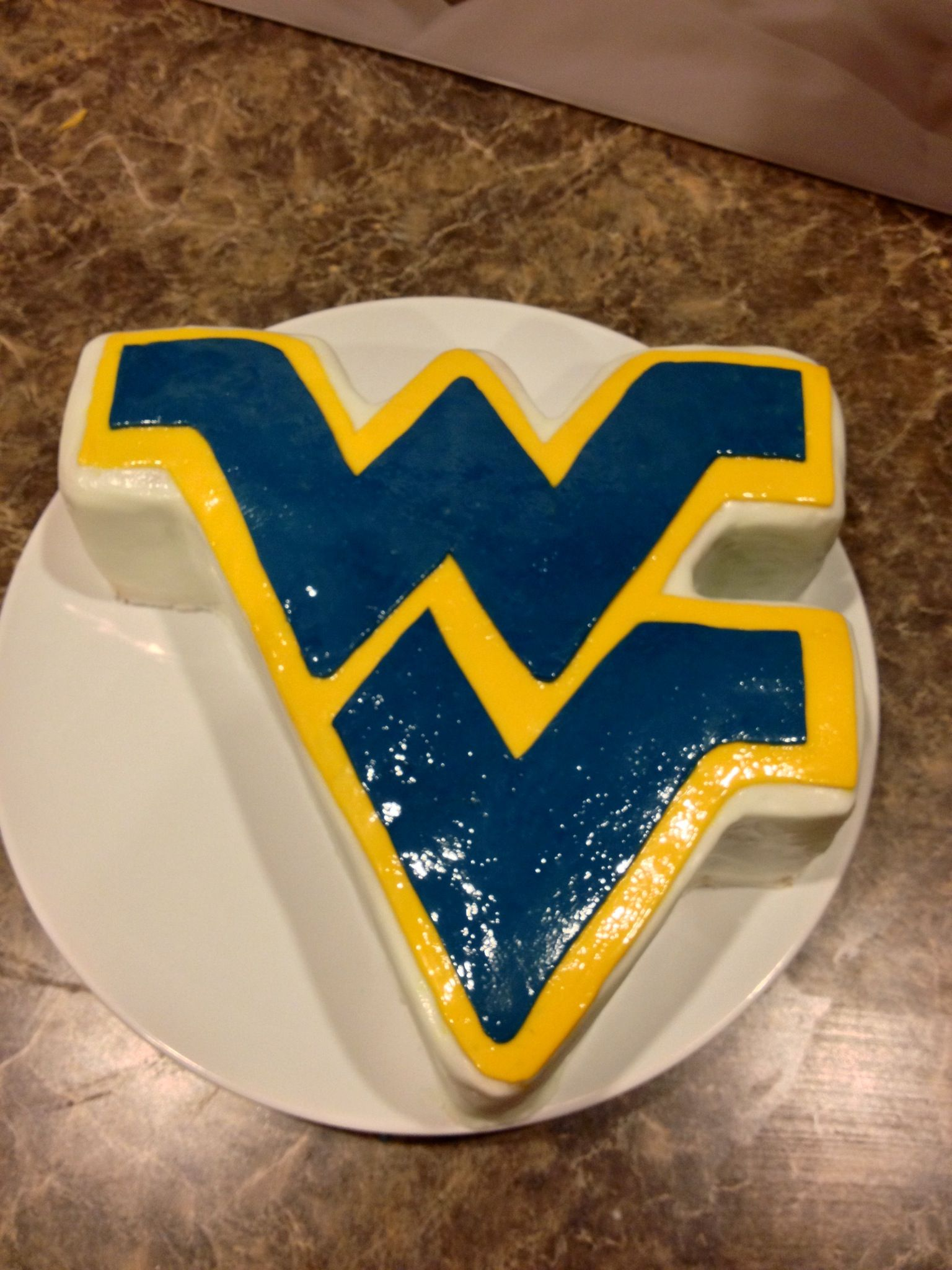 Wvu West Virginia Vanilla Cake With Buttercream And