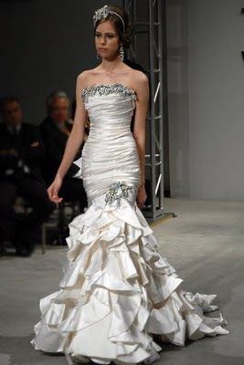 Vintage pnina tornai dress bridal trends pinterest pnina vintage pnina tornai dress junglespirit Images