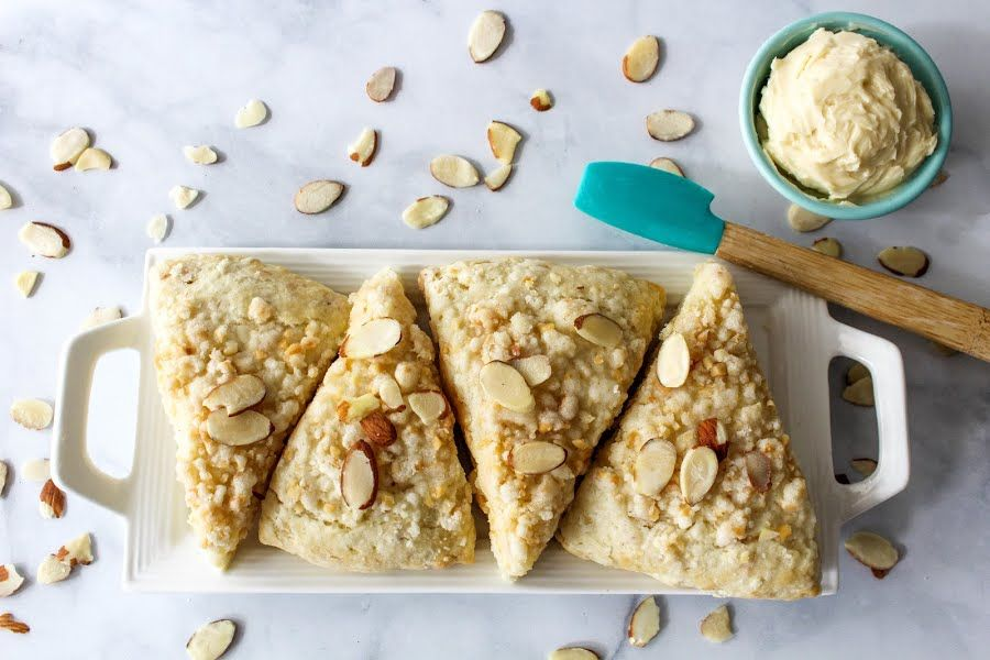 Almond Crumb Scones With Honey Butter #scone #Almond #crumb #honey butter #almond scones #justapinchrecipes