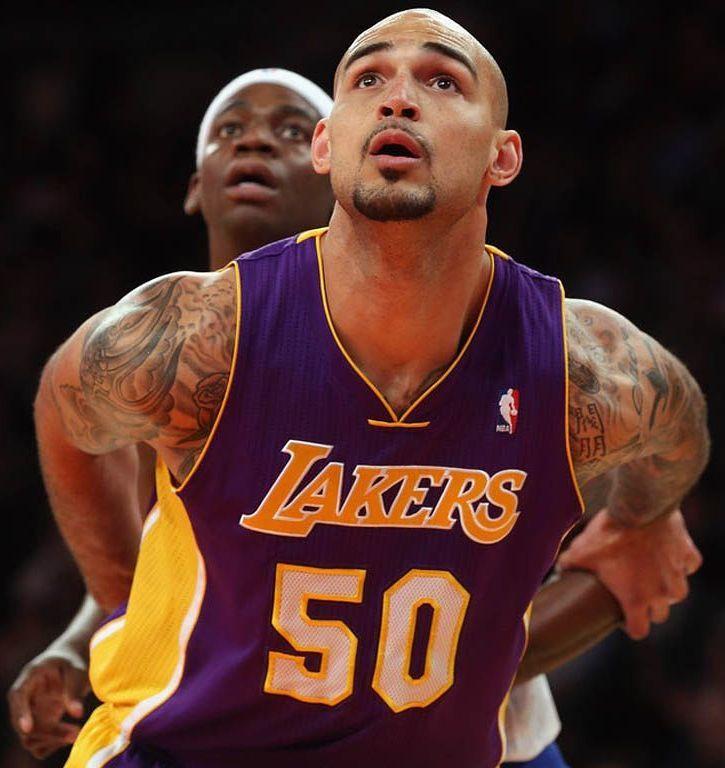 Robert Sacre La Lakers Los Angeles Lakers Lakers