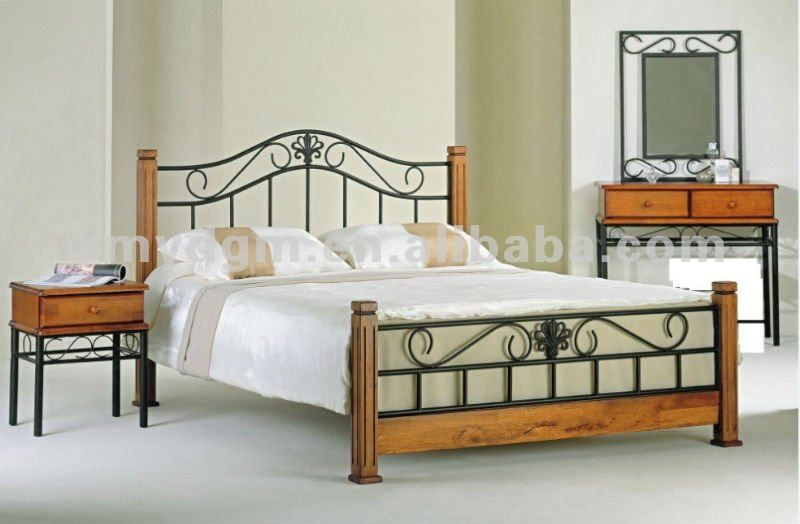 Wrought Iron And Wood Bed Bed in wrought iron things to do