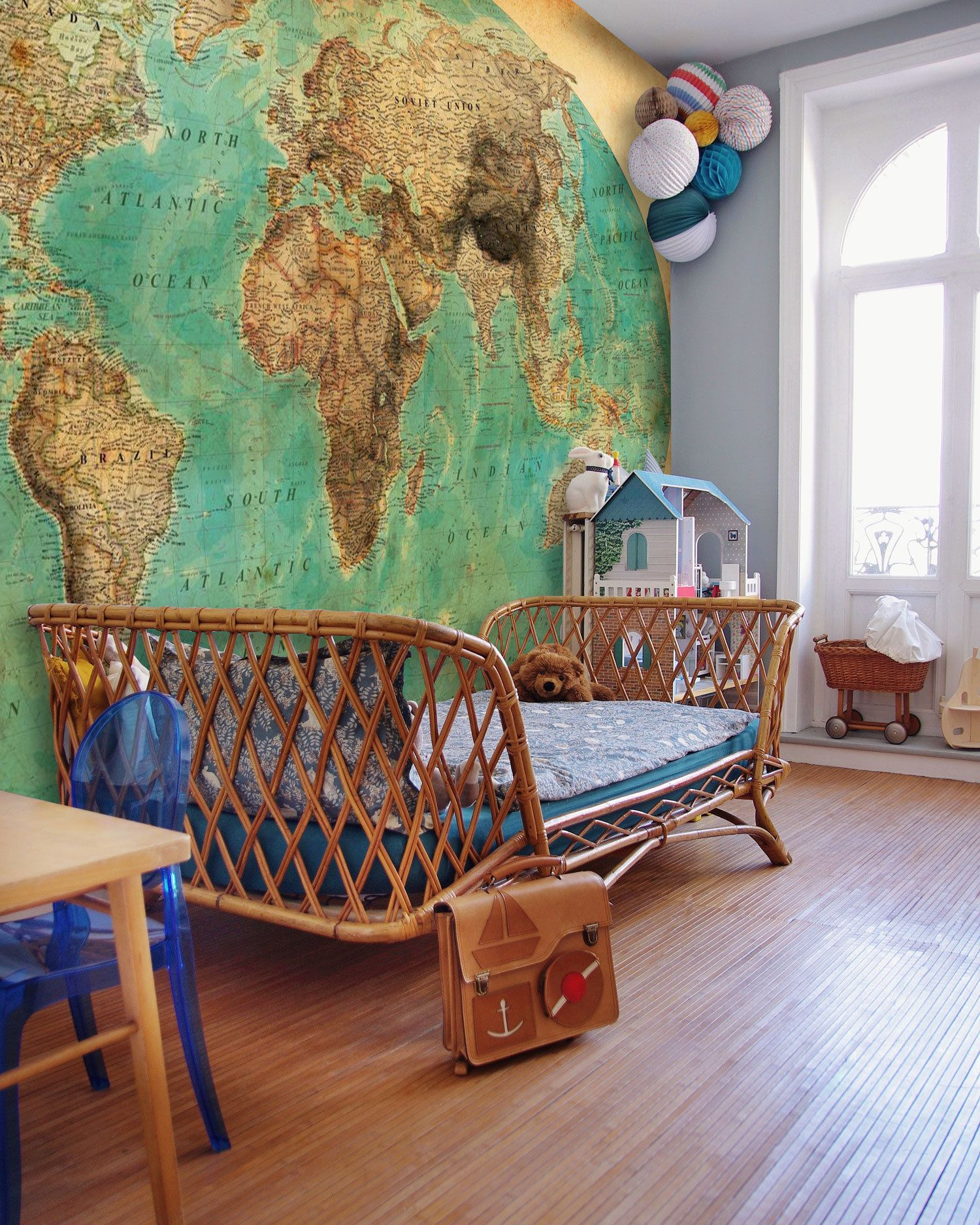 Vintage World Map Wallpaper, World Map in Teal and Brown