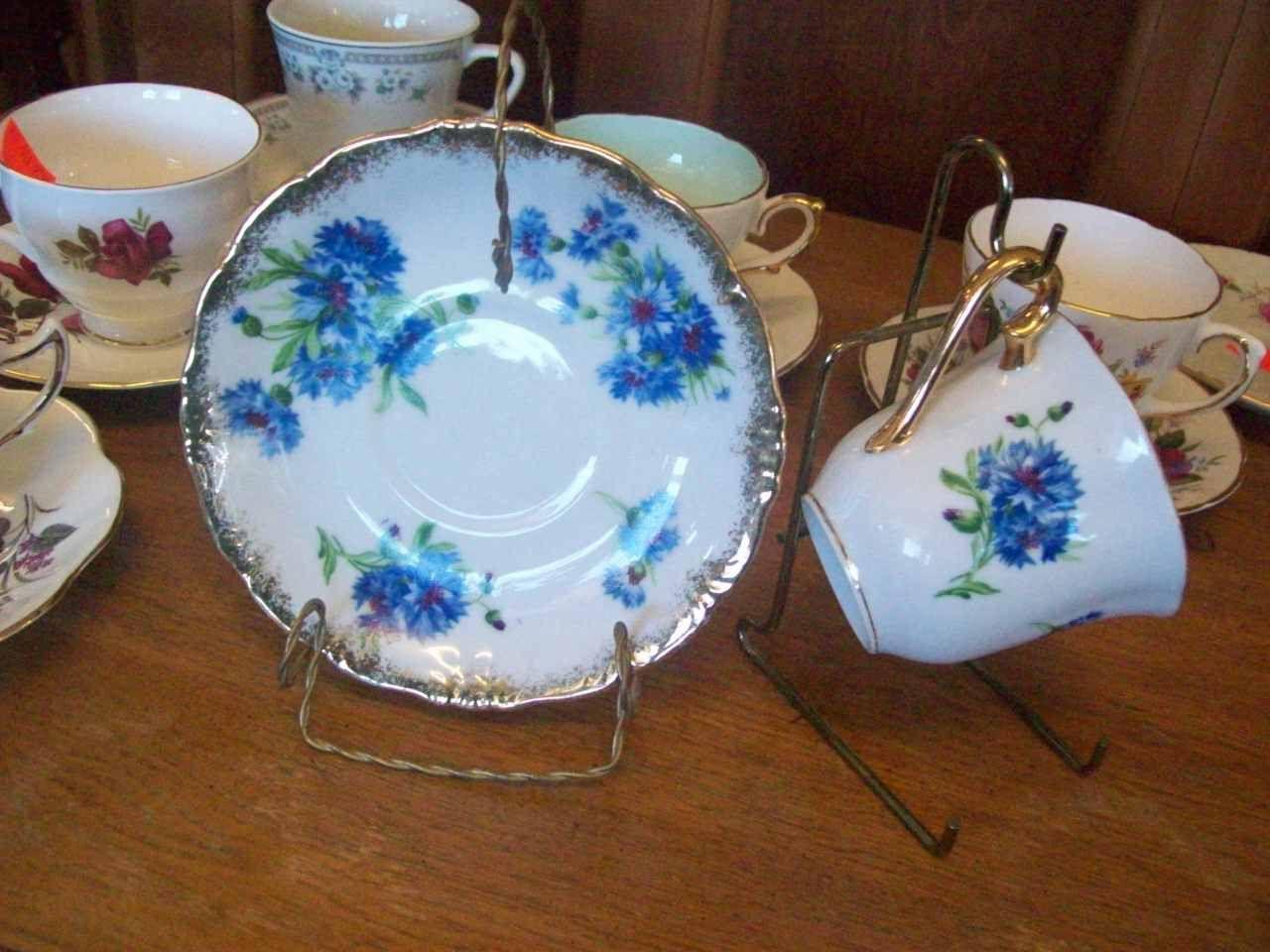 Tea cup and saucer set 7010