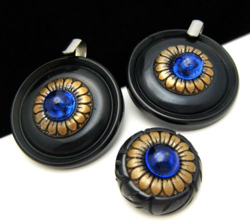 Vintage-Black-Bakelite-Button-Cloak-Clasp-Set-Sewing-Blue-Glass-Brass