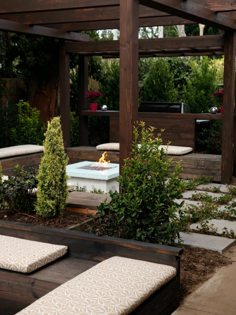The fireplace and patio place - Pictures Of Beautiful Backyard Decks Patios And Fire Pits Cozy Patiofireplace Ideasthe