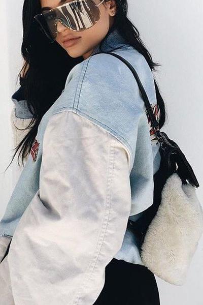 Kylie Jenner Calabasas April 28 2016 Oversized