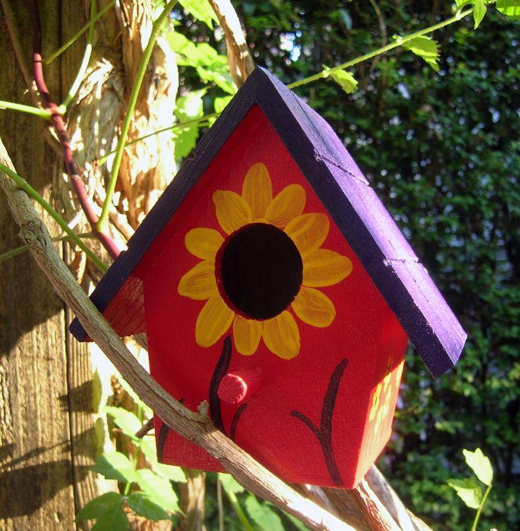 Painted Birdhouse Craft